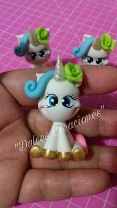 Unicornio! Porcelana Fría, Pasta Flexible, Biscuit. Hecho por Mary Reyes de Dulces Creaciones.