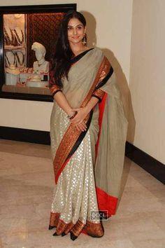 Vidya Balan with Martin Luther King 3 at Priyadarshni Award Bengali Saree, Indian Sarees, Sabyasachi Sarees, Lehenga, Beautiful Bollywood Actress, Beautiful Indian Actress, Indian Wedding Outfits, Indian Outfits, Modern Saree