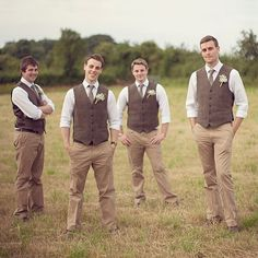 Love these tweed waistcoats. Screams country casual wedding. Too perfect @onefabday #groomsmen #englishwedding