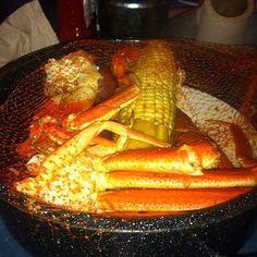 Joe's Crab Shack Copycat Recipes: Ragin Cajun Steampot (R) Seafood Boil Recipes, Cajun Recipes, Seafood Dishes, Copycat Recipes, Fish Recipes, Cooking Recipes, Shrimp Recipes, Crab Dishes, Gastronomia