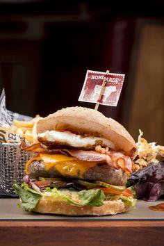 Gourmet Burger Gourmet Burgers, Tex Mex, Hamburger, Homemade, Ethnic Recipes, Food, Restaurants, Gourmet Hamburgers, Home Made