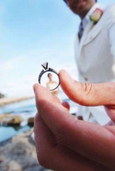 Bride and Groom Wedding Photo Ideas 24