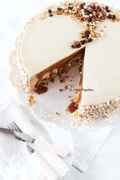 Caramel cappuccino cake with smooth top Mousse Au Chocolat Healthy, Sweet Recipes, Cake Recipes, Mini Dessert Recipes, Foundant, Delicious Desserts, Yummy Food, Sweet Pastries, My Dessert