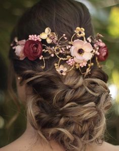 Medieval Hairstyles, Diy Jewelry Making, Hair Piece, Flowers In Hair, Flower Crown, Medium Hair Styles, Diy Fashion, Natural, Marie