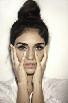 25 Le Fashion Blog 27 Beauties With Bold Brows Eyebrow Inspiration