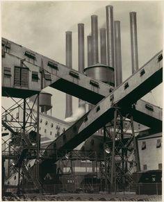 Charles Sheeler: Criss-Crossed Conveyors, River Rouge Plant, Ford Motor Company (1987.1100.1) | Heilbrunn Timeline of Art History | The Metropolitan Museum of Art