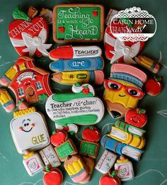 Pin by braidi fredrickson on suga suga:: school день учителя Cookies For Kids, Fancy Cookies, Iced Cookies, Cute Cookies, Holiday Cookies, Cupcake Cookies, Sugar Cookies, Cupcakes, Teacher Cakes