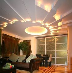 Do you think to install a false ceiling pop design? see our photo gallery of POP false ceiling designs ideas and suspended ceiling lights b. False Ceiling Living Room, Ceiling Design Living Room, Living Room Lighting, Living Room Designs, Home Modern, Living Room Modern, Living Rooms, Restaurant Design, Suspended Ceiling Lights