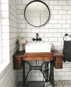 Love my singer sewing machine table vanity! So easy to do! Old Sewing Machine Table, Sewing Machine Projects, Antique Sewing Machines, Singer Table, Singer Sewing Tables, Machine Singer, Rustic Bathroom Designs, Bathroom Inspiration, Furniture Makeover