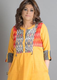 Simple Kurta Designs, Kurta Designs Women, Kurti Sleeves Design, Kurta Neck Design, Tunic Designs, Designs For Dresses, Kurta Patterns, Kurta Style, Kurti Embroidery Design