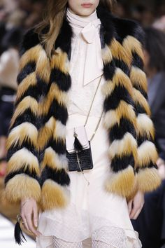 Lanvin Fall 2017 Ready-to-Wear Accessories Photos - Vogue