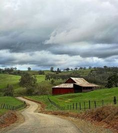 Is there a farm house for sale near there? That's so pretty, I would never get tired of that.