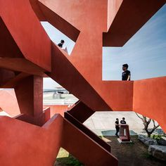 10 Cal Tower The Labyrinth, Chon Buri, 2014 - Supermachine Studio Architecture Design, Stairs Architecture, Architecture Awards, Contemporary Architecture, Amazing Architecture, Landscape Architecture, Dezeen Architecture, Angular Architecture, Movement Architecture