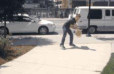 superhydrophobic-street-art-6