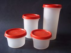 4 Tupperware Modular Mates Round Storage Containers with Red lids