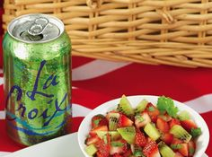 Strawberry Salsa Recipe: only 4 ingredients! + 3 Tailgating Tips + Win Fan of The Year! @LaCroix Sparkling Water #HeathyRecipes #client