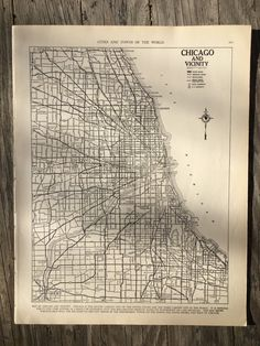 City of Chicago Map / Vintage Map Decor / City Map Wall Art /