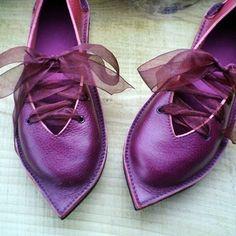 Fairysteps - Handmade Fairytale shoes for Unique individuals, Woodland Weddings, Theatre & Ren faires.