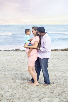 Florida photographer, South Florida photographer, Delray beach photographer, delray beach maternity session, maternity session, maternity photographer, pink blush maternity