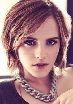 bubifrizurák, bubi frizurák - Emma Watson bubi frizura