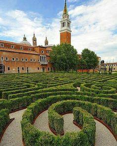 A labyrinth in Venice. San Giorgio Maggiore.