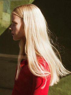 Unearth brand new hair care tips. Hair Inspo, Hair Inspiration, Pretty Hairstyles, Messy Hairstyles, Good Hair Day, Dream Hair, Looks Cool, Hair Looks, Toni Garrn
