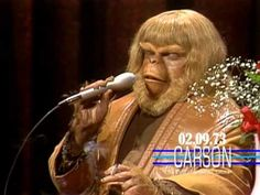 Paul Williams Wears Full Planet of the Apes Makeup to Sing for Johnny Carson on Tonight Show