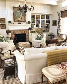 Cozy Living Room For Your Home - Living Room Design Cottage Living Rooms, Home Living Room, Living Room Designs, Living Spaces, Apartment Living, Apartment Therapy, Salons Cottage, Salons Cosy, French Country Living Room