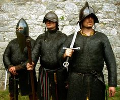 """One of the septs of Clann Dochartaigh was a band of Scottish mercenary """"galloglass"""" (heavily armed warriors) known as the Mac Ailín (actually, Mac Cailín)."""