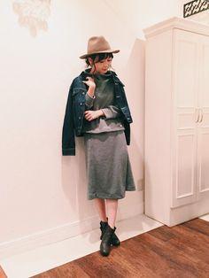 田中里奈さんのスカート「KIIRA スムーススカート」を使ったコーディネート