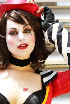 Mad Moxxi from Borderlands cosplay.