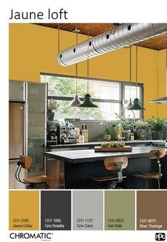 Les tons de jaune ocré, chauds et doux à la fois, créent une ambiance de caractère très confortable. www.chromaticstore.com