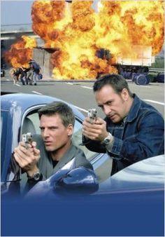Alarm für Cobra 11 - Die Autobahnpolizei poster, t-shirt, mouse pad Aaron Paul, David Attenborough, Bryan Cranston, Dragon Quest, Kit Harington, Digimon, Game Of Thrones, Drame, Marvel Dc Comics