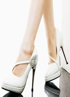 elegant white high heels for more read http://www.fashionfill.com/top-25-best-trendy-high-heel-sandals-2012/