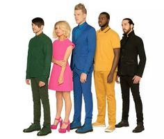 And Scott's in the middle because he is inhumanly tall. Poor Kirstie