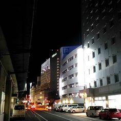 夜のホテル街ww