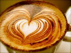 latte art  やっぱ2枚はコレだな