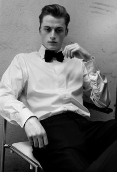 Bastiaan van Gaalen for Scotch Soda 'Barfly' Fragrance Campaign Men's Fashion, New Mens Fashion, Fashion Editorials, Male Photography, Fashion Photography, Men Tumblr, The New Classic, The Fashionisto, Black Tie Affair