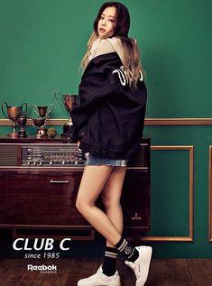 Jennie For Reebok classic Club C