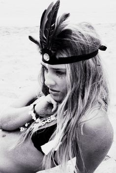 Festival Season 2014: Obviously, feathers are a must-have