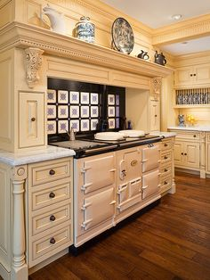 Selecting Kitchen Range Type for Convenient and Modern Kitchen Design - - Selecting the best kitchen stove for your modern kitchen design is an important part of creating finctional, stylish and convenient kitchen. Elegant Kitchens, Beautiful Kitchens, Cool Kitchens, Dream Kitchens, White Kitchens, Aga Kitchen, Kitchen And Bath, Kitchen Ideas, Kitchen Ranges