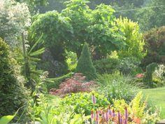 -ogród u stóp klasztoru