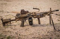Zombie Weapons, Weapons Guns, Guns And Ammo, Light Machine Gun, Machine Guns, Zombie Survival Guide, Survival Skills, 338 Lapua Magnum, Submachine Gun
