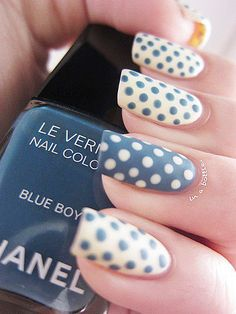 Nails. Blue and white dotted nails, love! #Beauty #Manicure