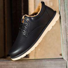 XẢ HÀNG !!! Đôi giày casual đen lót bông thời thượng này  Chỉ còn 249k size 40 Bảo hành sản phẩm 3 tháng cho bạn yên tâm sử dụng (y) -------------- ⛪ TP HỒ CHÍ MINH Kho giày tại: 516 Đoàn Văn Bơ, P.14, Q.4 Hotline: 0904326305 PM Facebook để Shop tư vấn tốt nhất #BrotherConcept #249k
