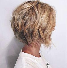 "Caramel Blonde Layered Bob ""Short Hairstyles For 2018 - ""Latest Short Bob Haircut - Women Hairstyle for Short Hair"", Short Shag Hairstyles T Blonde Layers, Short Hair With Layers, Short Hair Cuts, Short Hair Styles, Pixie Cuts, Bob Cuts, Curls For Short Hair, Women Short Hair, Loose Wavy Curls"