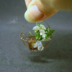 Miniature Flowers ♡ ♡ By Rosy Miniature Plants, Miniature Houses, Miniature Dolls, Clay Miniatures, Dollhouse Miniatures, Minis, Mini Plants, Manicure Set, Barbie House
