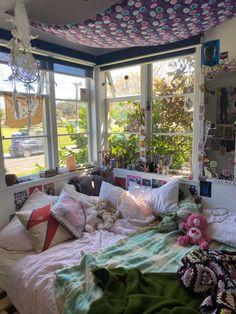 Room Ideas Bedroom, Bedroom Decor, Bedroom Inspo, Bedroom Themes, Home Bedroom, My Room, My New Room, Dorm Room, Aesthetic Room Decor