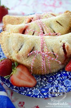 StoneGable: STRAWBERRY HAND PIES recipe with a food processor pie crust recipe - try this