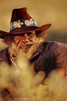 Aboriginal artist, Turkey Tolson Tjupurrula, Central Desert, Australia